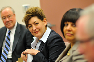 Incoming UConn President, Susan Herbst, meets with senior team leaders from the Health Center