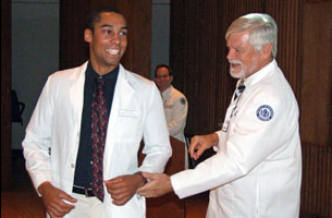 First-Year Dental and Medical School Students Celebrate White Coat ...