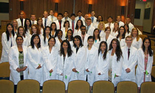 Photo of the UConn School of Dental Medicine Class of 2014